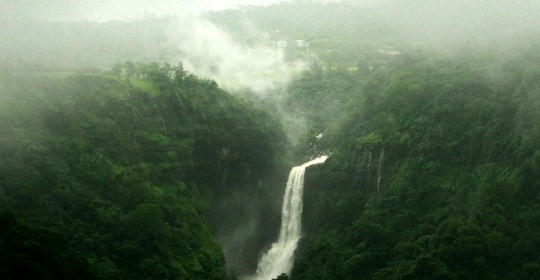 overivew of Khandala, Maharashtra hill stations, getaways from Mumbai, cheap flights to mumbai
