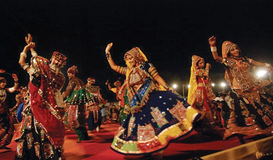 dandiya & garba in gujarat, navratri festival in ahmedabad, cheap flights to indiat