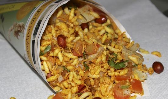 Kolkata street food guide, Kolkata street food experience, best street food in Kolkata, durga puja