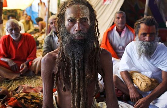 Details of kumbh mela india, incredible India pictures, Kumbh mela 2014, cheap flights to india