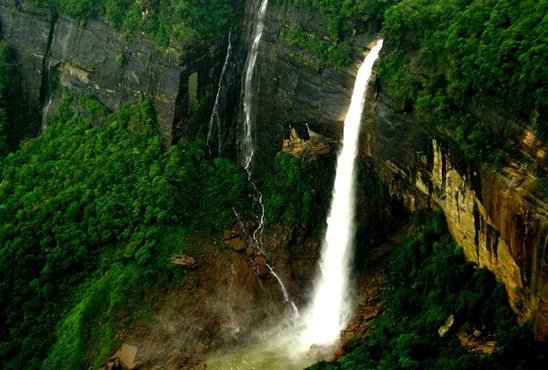 where to spend summers in India, best summer tourist destinations in India
