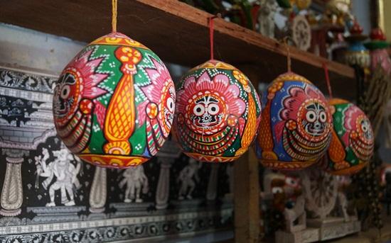 Raghurajpur patachitra paintings, Orissa fokk art and culture, Indian rurual tourism