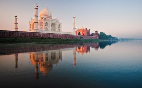 Taj Mahal of Agra, Indian heritage tours, Indian Eagle travel blog, history of Taj Mahal