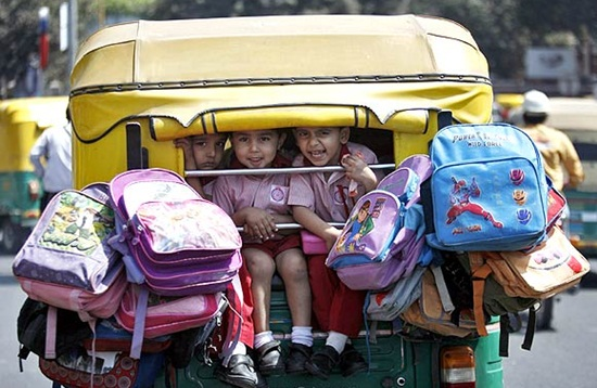 stories of auto rickshaws in India, auto ride with school children