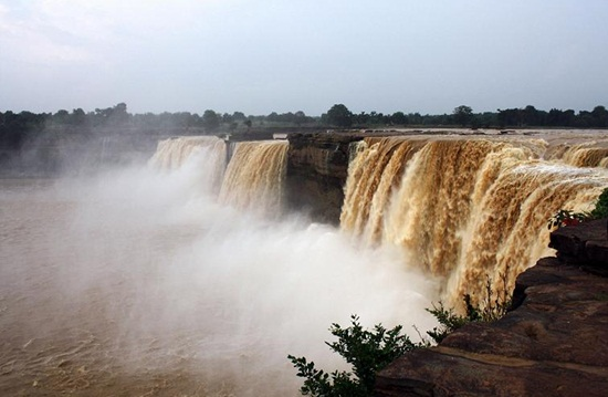 tourist attractions of chhattisgarh, waterfalls of chhattisgarh, best waterfalls of India, Indian monsoon holiday destinations