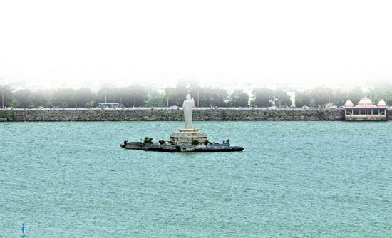 hussain sagar lake pictures, things to see in hyderabad city, hyderabad during monsoons
