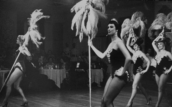 calcutta in 1960s, parkstreet nightlife culture, stories of kolkata