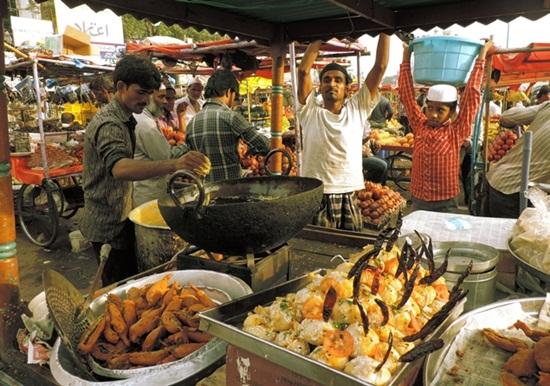 Old City Hyderabad during ramadan, Ramzan market near Charminar
