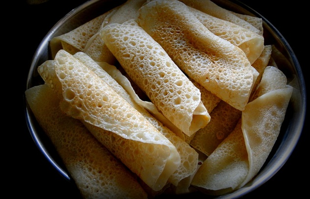 pous Sankranti sweets in Bengal, Festivals of India, traditional Indian delicacies, IndianEagle travel magazine