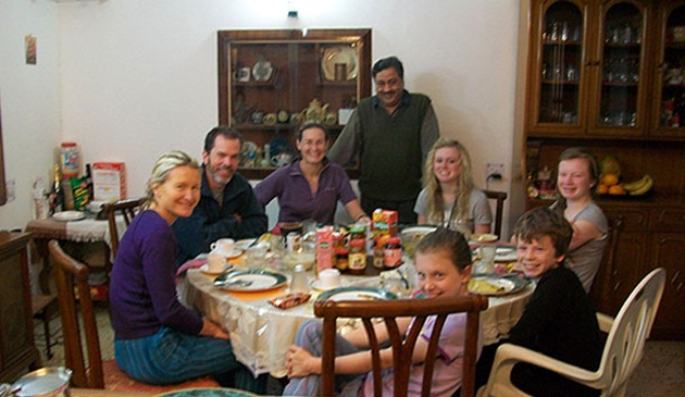 budget travel tips for backpackers in India, tips for budget backpackers