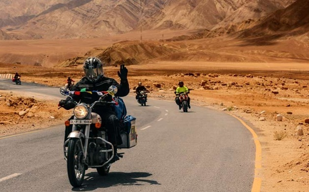 Desert trails for biking in Rajasthan, best road trips in Rajasthan