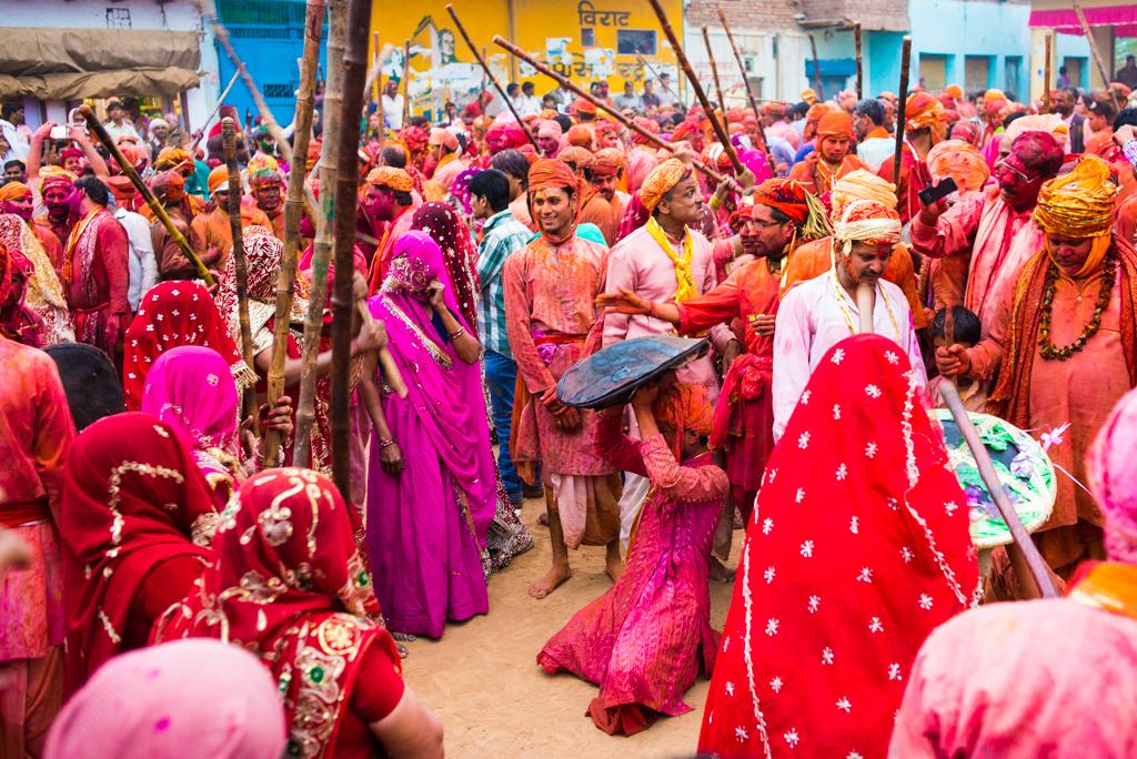 Festivals of offbeat India, holi festival india, photographs of holi fest, IndianEagle flights