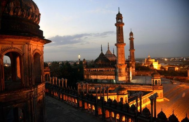Lucknow India, Lucknow tourist attractions, Awadhi cuisine, Lucknow heritage, interesting facts of India, Indian Eagle travel