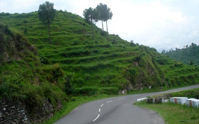 almora to delhi road trip, delhi road trips in july, IndianEagle travel