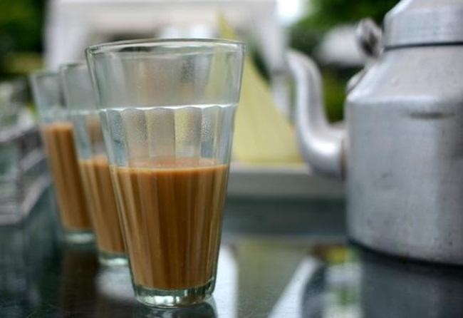 IRCTC, indian railways, tea on Indian trains , tea in India, train travel in India