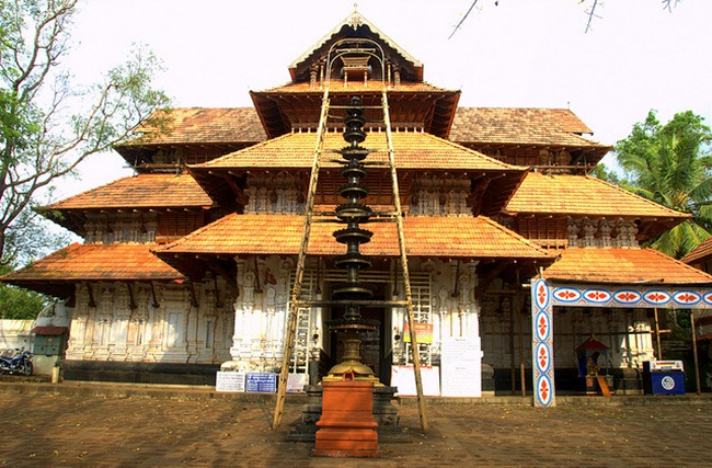 Offbeat Kerala temples, lord shiva temples India, interesting stories of India