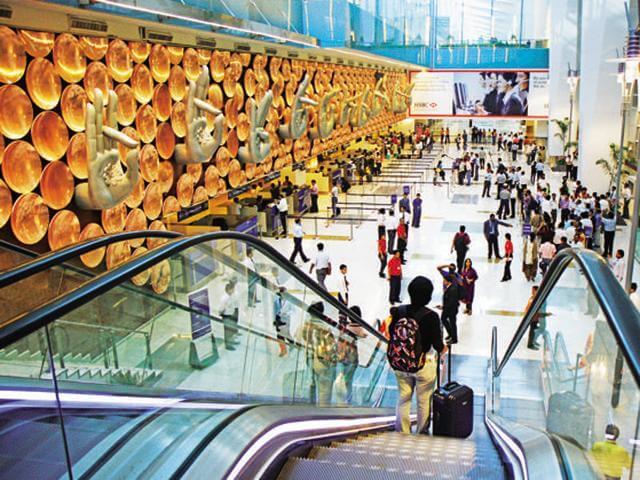Delhi airport news, Delhi IGI Airport, Delhi airport checking