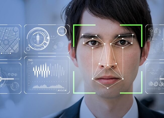 Lufthansa biometric boarding, US airports face scan, Los Angeles Airport news, Lufthansa flights from USA